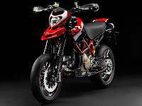 2012 Ducati Hypermotard 1100 EVO SP Gambar Motor 3