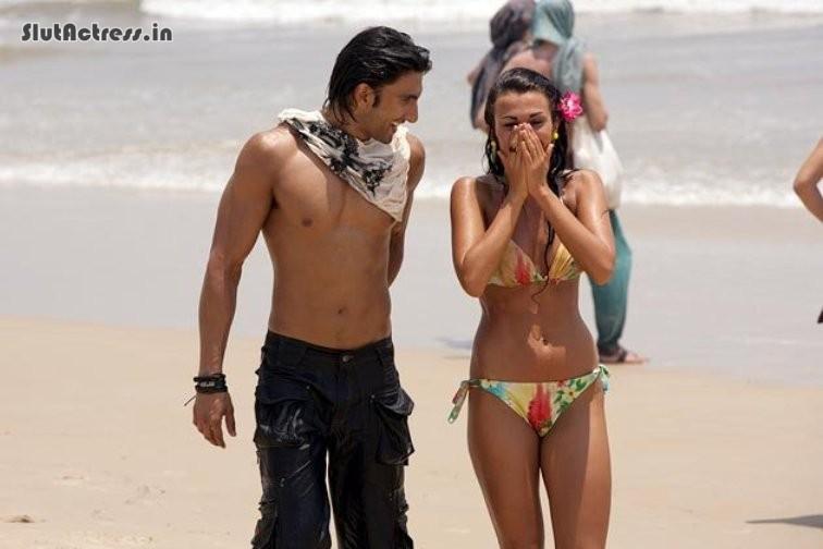 american girls parineeti chopra unseen pics in hot bra and panty