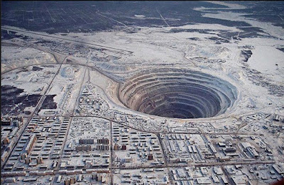 15 Strangest Holes On Mother Earth!
