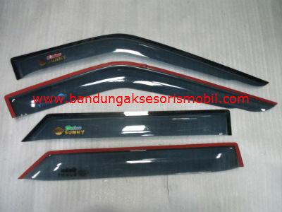 Talang Air Nissan Sunny Original Black Depan Belakang