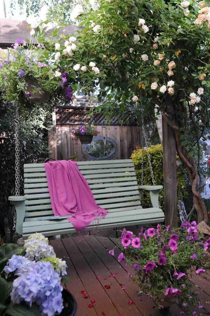 Wisząca ławka ogrodowa, ławeczka do ogrodu
