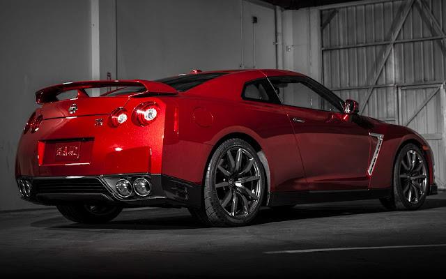 Nissan GT-R será importado oficialmente para o Brasil - 2016