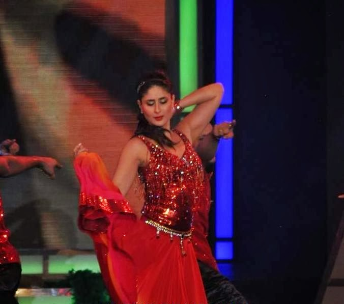 Kareena Kapoor holding her skirt