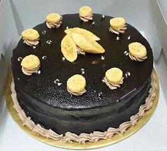 """Choc.Banana Cake @ RM70 (9"""") RM40(7"""")"""