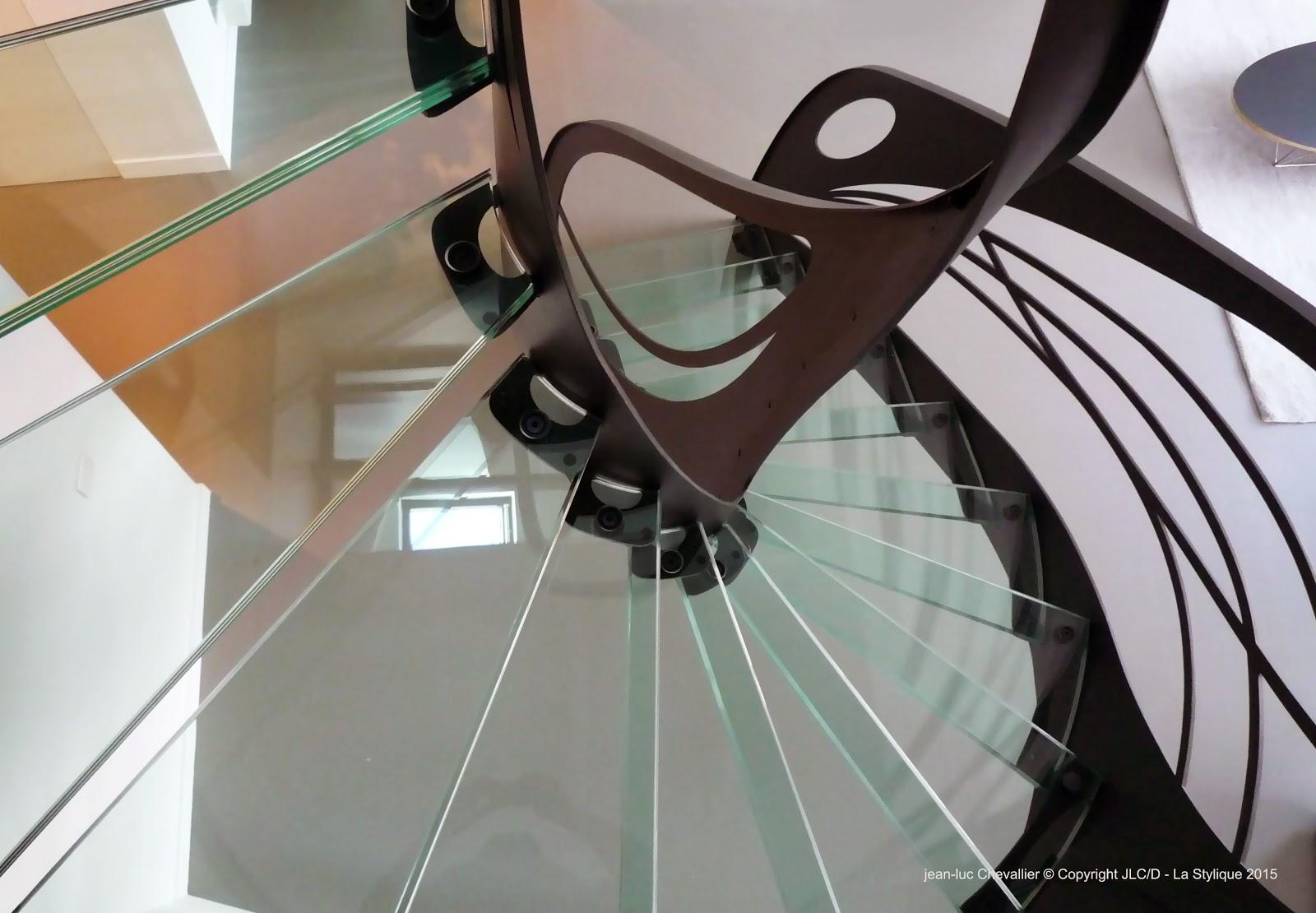 la stylique escalier design en verre oeuvre d 39 art et. Black Bedroom Furniture Sets. Home Design Ideas