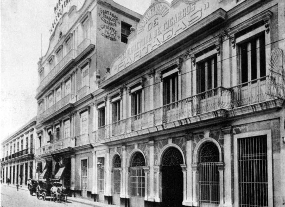 Fábrica de cigarros a principios del siglo XX