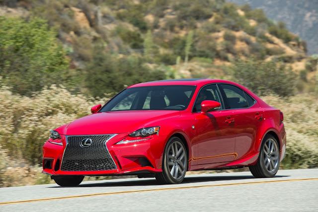 Front 3/4 view of 2016 Lexus IS 2006