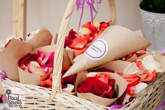 Кулечки с лепестками роз своими руками 962