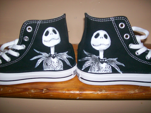 Airbrush Master: Nightmare Before Christmas Converse