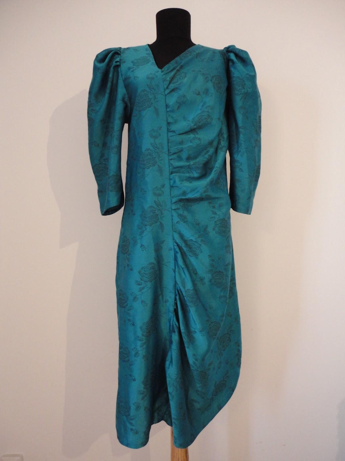 charme boutique rochie retro cu model inedit. Black Bedroom Furniture Sets. Home Design Ideas