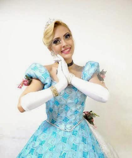 A Cinderela estará no Shopping Metropolitano Barra neste domingo.