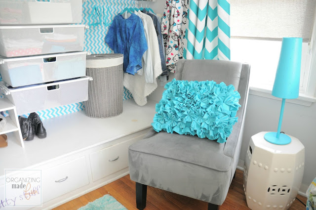 Pretty Sitting Area for Teen Girls' Closet :: OrganizingMadeFun.com