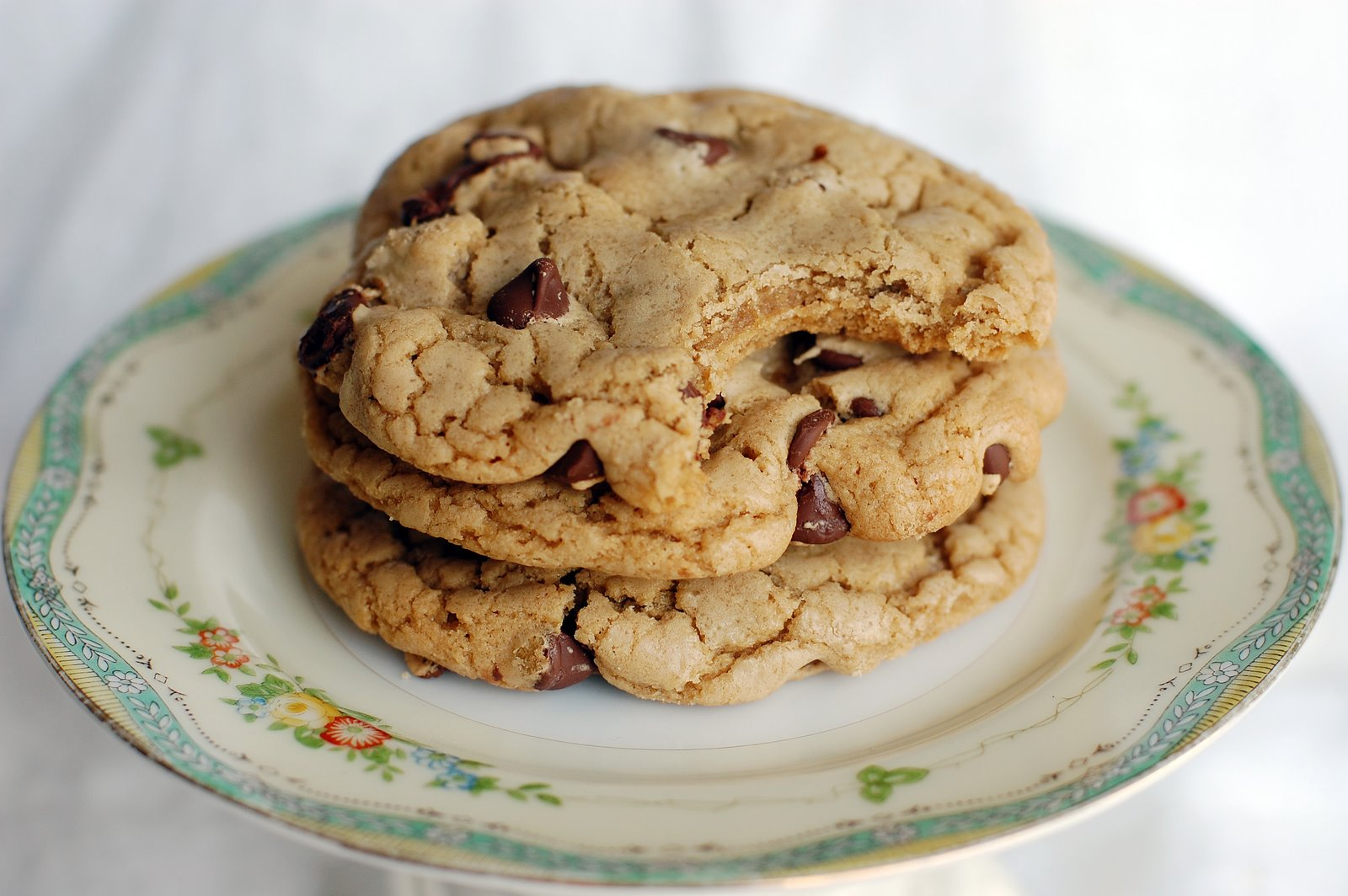 Barefoot and Baking: Browned Butter Chocolate Chip Cookies