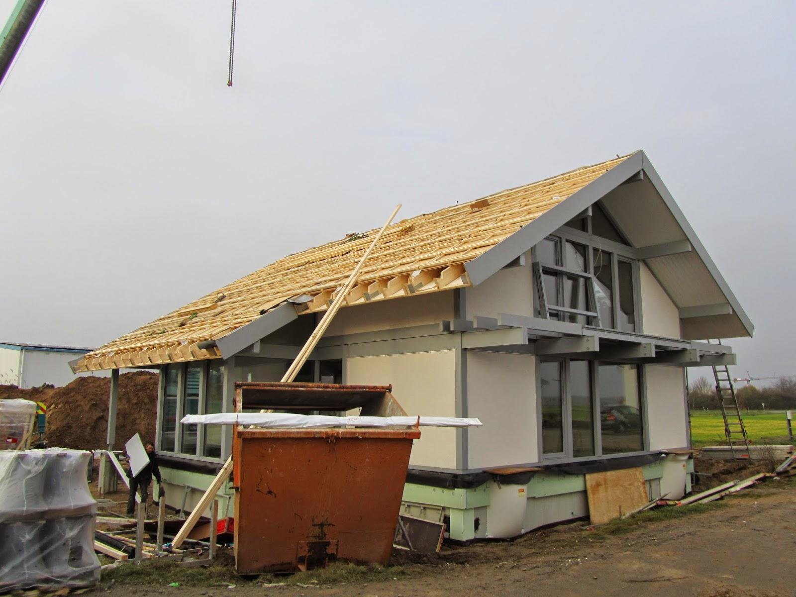 wann dach neu decken alexander friesen hat sein dach in decken lassen erlaubt sind jedoch nur. Black Bedroom Furniture Sets. Home Design Ideas