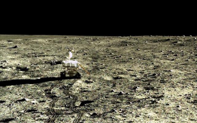 Keadaan Sebenar Pemukaan Bulan Didedahkan China Buat Pertama Kali