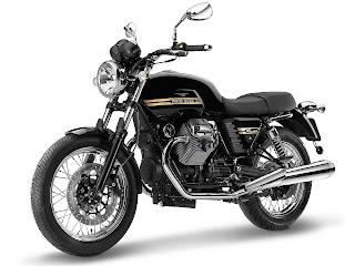 2013 Moto Guzzi V7 Classic motorcycle photos 3