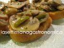 Crostini ai funghi