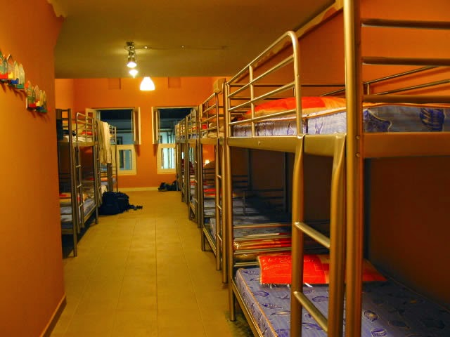 Hotel Murah Di Singapore Dekat MRT Bugis Inncrowd Hostel