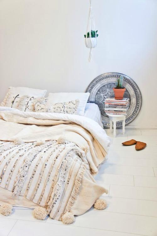 pompom blanket