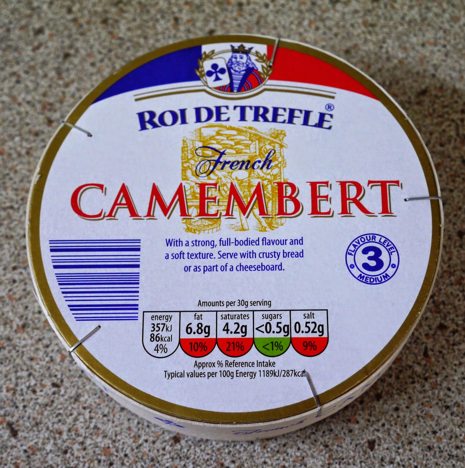 how to make baked camembert in breadcrumbs