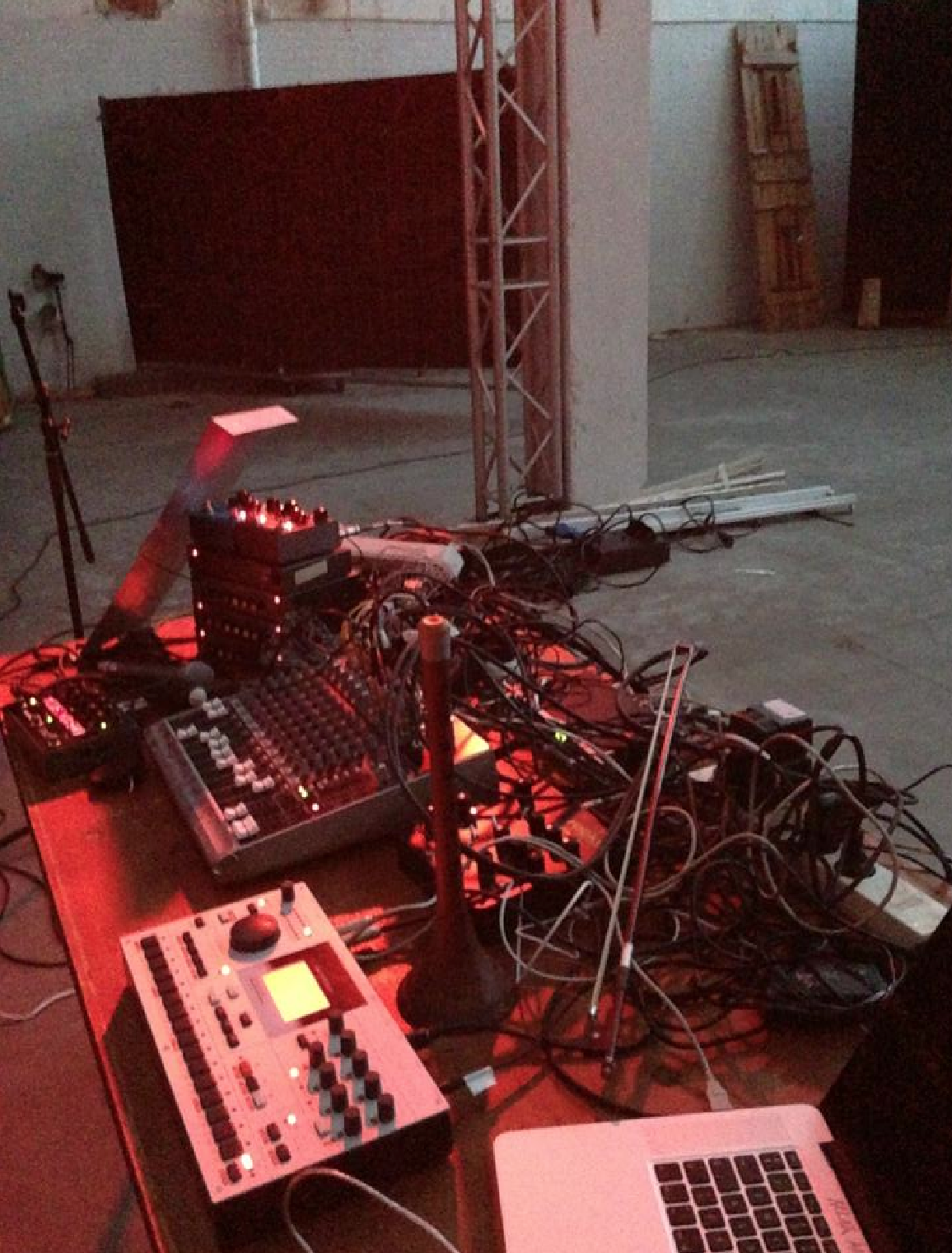 Before performance - LAK Nordic Sound Art Festival 2013