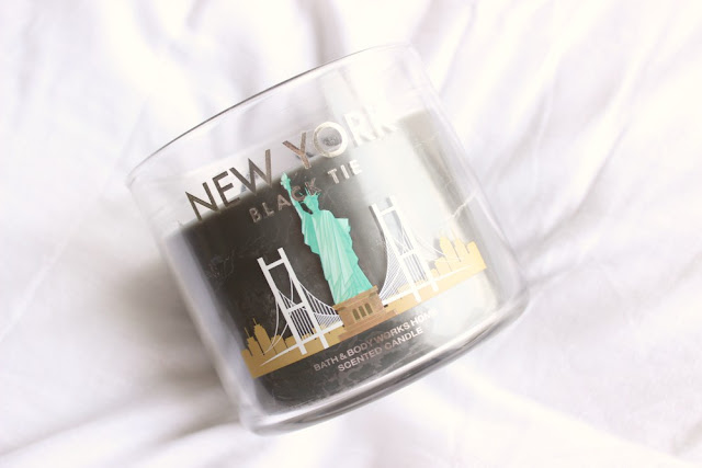 Bath and Body Works Black Tie Candle