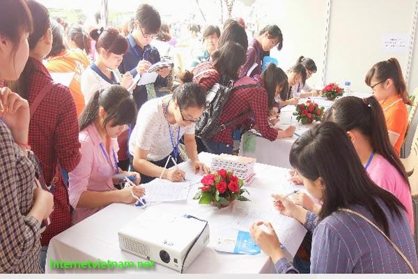 FPT Trao Giải Thưởng 30 Triệu Đồng Cho Người Giới Thiệu Ứng Viên Thành Công.
