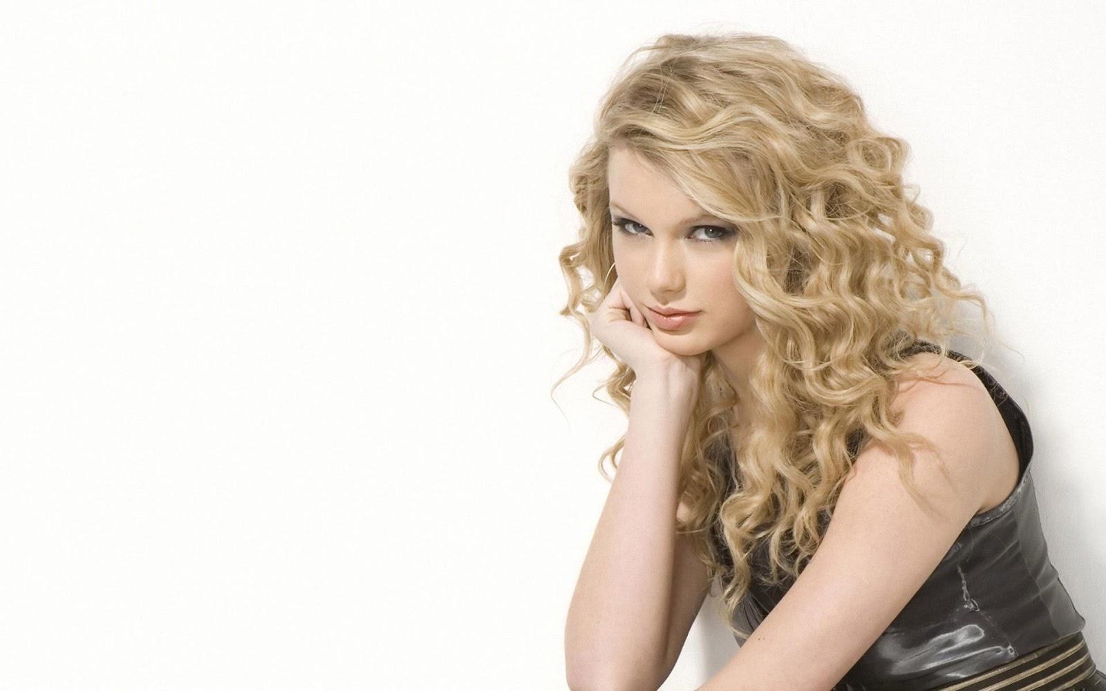 http://1.bp.blogspot.com/-jZleyQcDYYM/T0lsU2qfcwI/AAAAAAAADiw/v8yUU7Ai4pI/s1600/Taylor+Swift+003.jpg