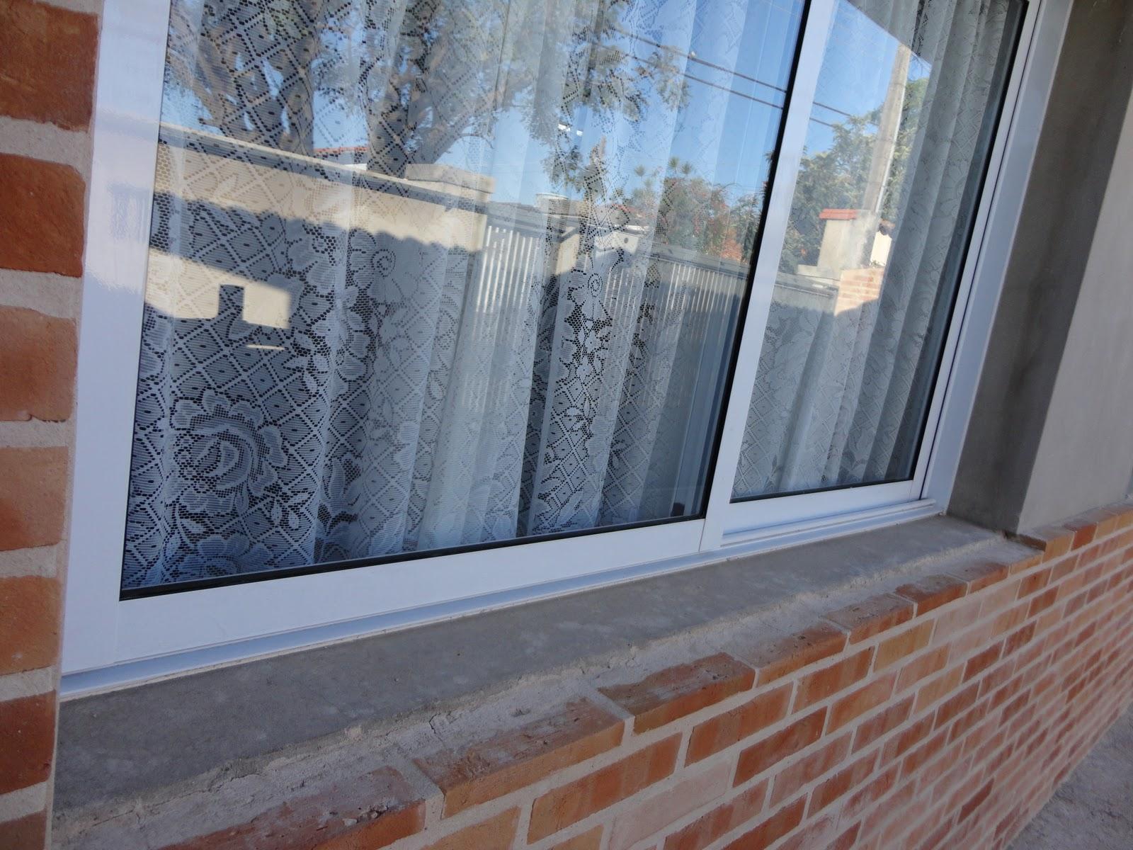 #3F638C  reforma de nossa casa: Luz e beleza: janelas amplas e porta veneziana 4408 Janela Aluminio Maxiar