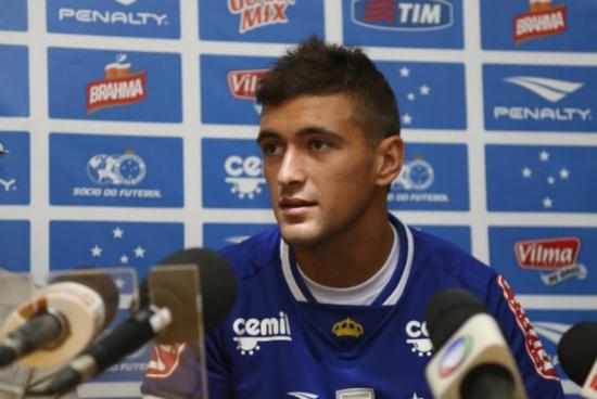 Meia De Arrascaeta, de 20 anos, foi um dos principais reforços do Cruzeiro para a temporada