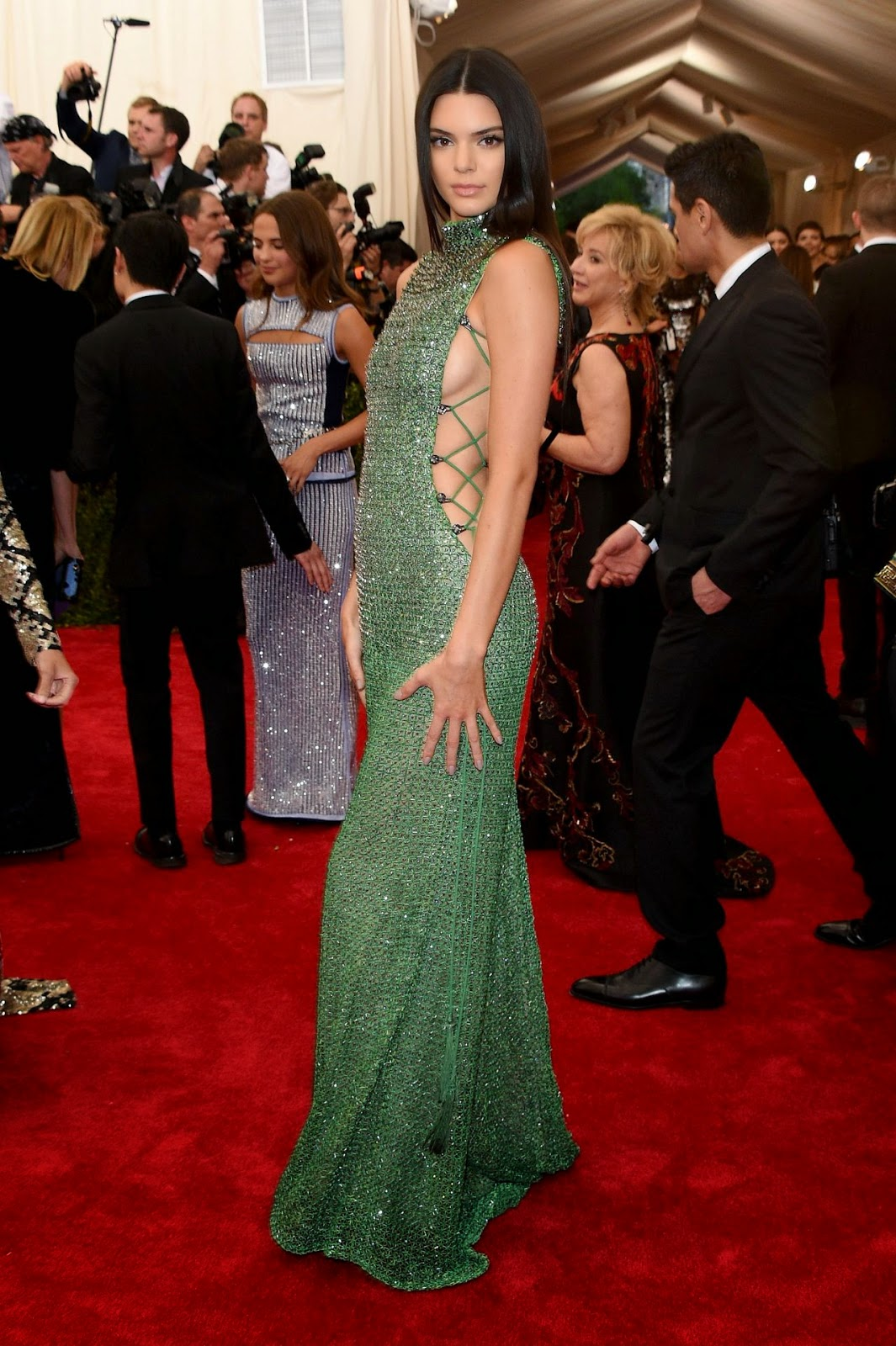 Kendall Jenner shows off side-boob in a sequinned dress at the 2015 Met Gala