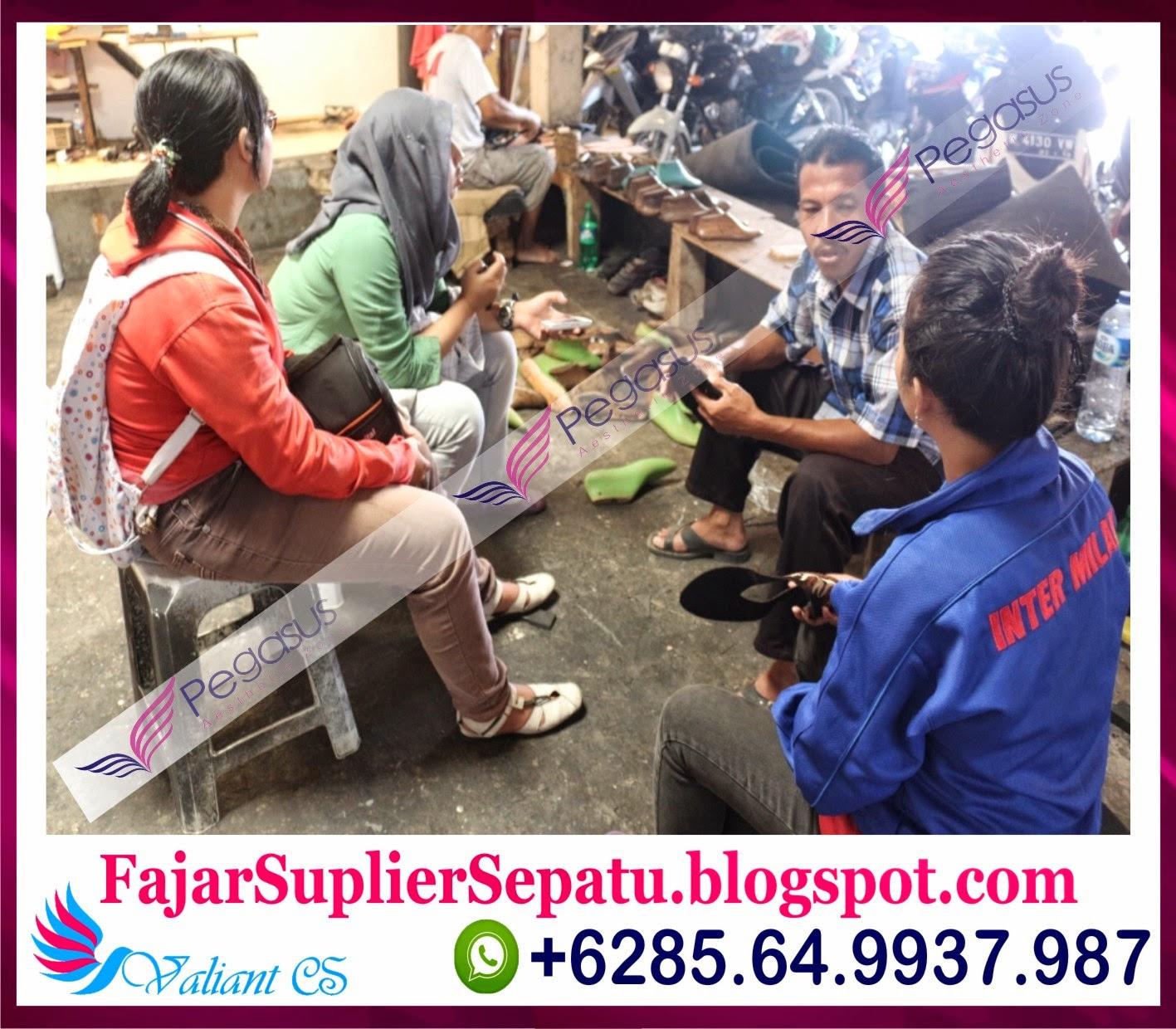 Sepatu Bordir Murah, Jual Sepatu Bordir Online, Jual Sepatu Bordir Batik, +62.8564.993.7987