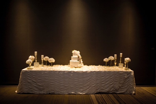 Minneapolis Wedding Cake Table