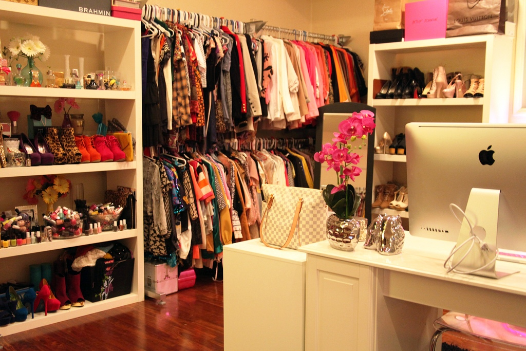 I want it all indian fashion beauty and lifestyle blog for Walk in closet india