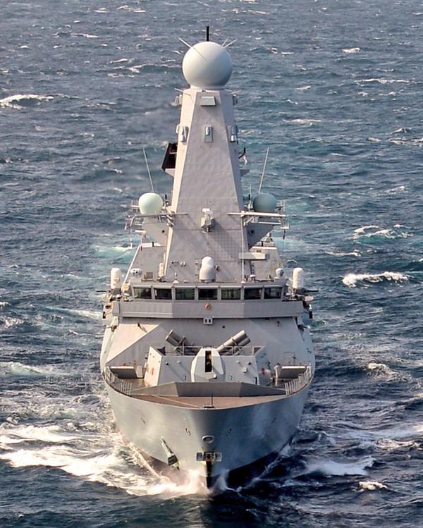 HMS Diamond (D34) Destaca que ya tiene integrado misiles Harpoon antibuque