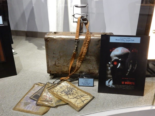 12 Monkeys movie suitcase prop
