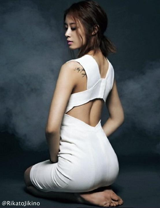 Jiyeon Ass