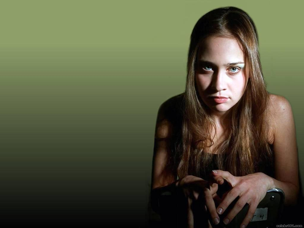 ... Celebrities: American singer-songwriter Fiona Apple Wallpaper Gallery