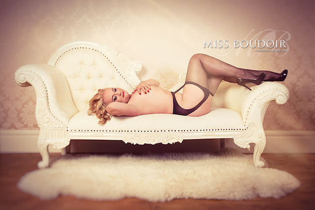 Mature and sexy boudoir photography and makeovers