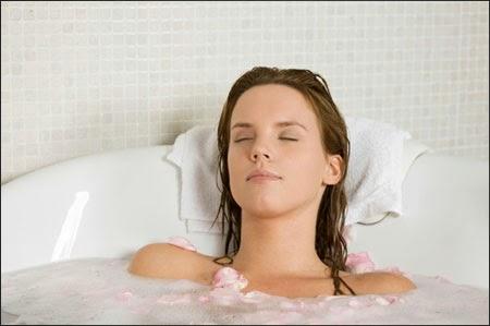 Thư giãn bằng nước ấm tốt cho sức khỏe