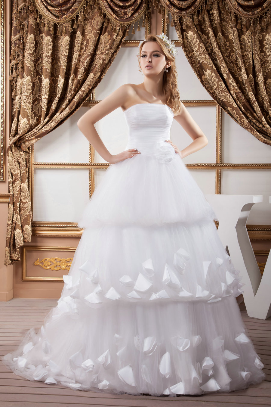 To Accompany Their Wants And Needs Many Online Stores Provide High Quality Prom Wedding Dresses