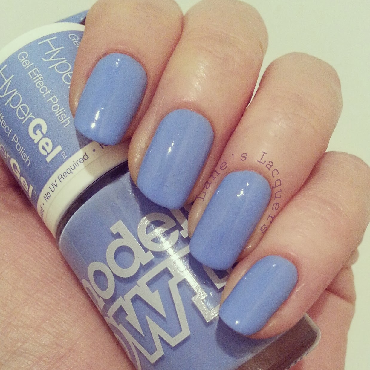 models-own-hypergel-cornflower-glint--swatch-nails