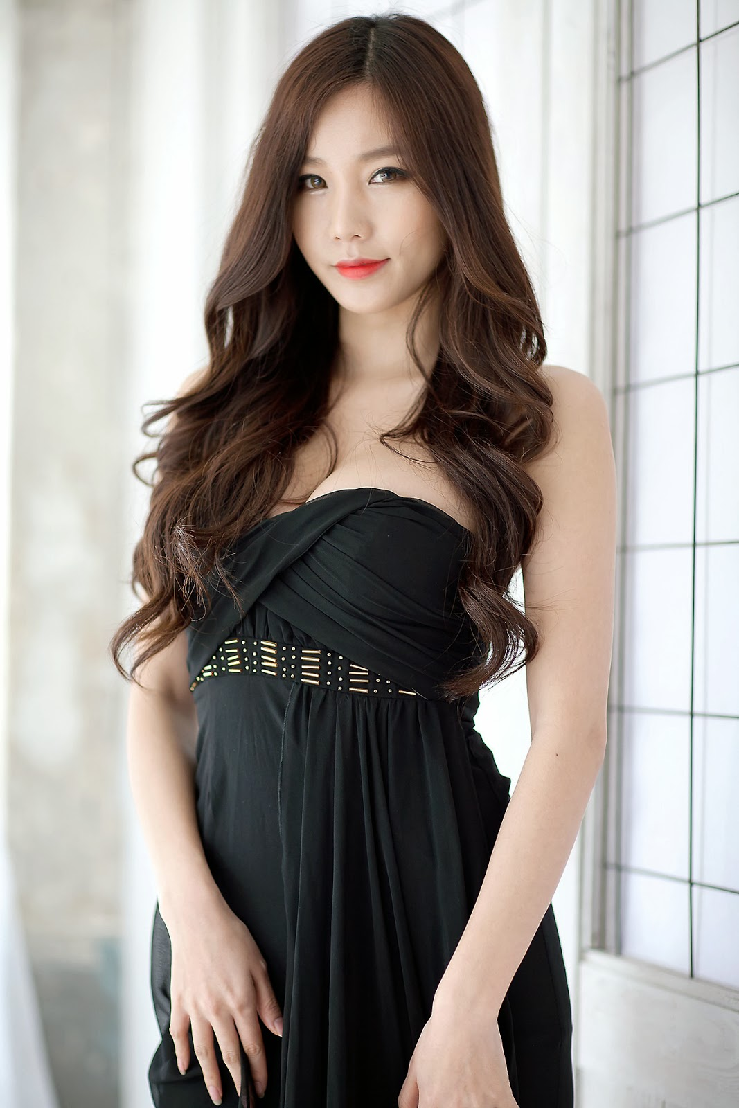 Lee Ji Min Elegantly Sexy