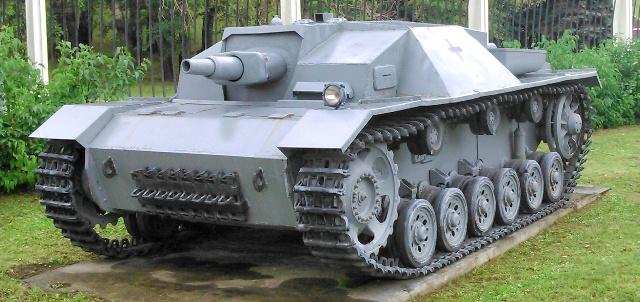 Sturmgeschutz III (StuG III) o caza carros StuG III