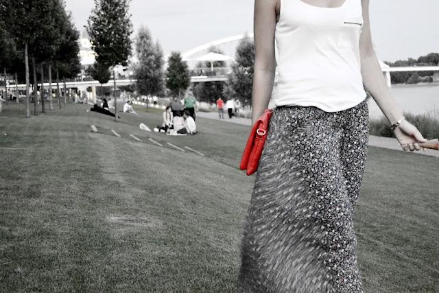 Ako fičím na sladkom_Katharine-fashion is beautiful_Maxi sukňa_Kvetovaný vzor_Katarína Jakubčová_Fashion blogger