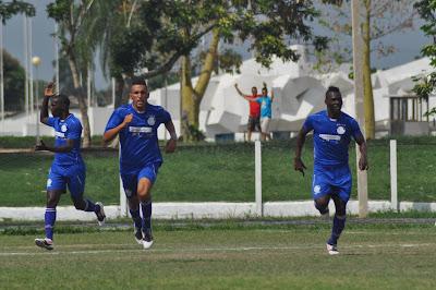 Se preparan los Miuras de Camagüey para etapa decisiva del Fútbol cubano