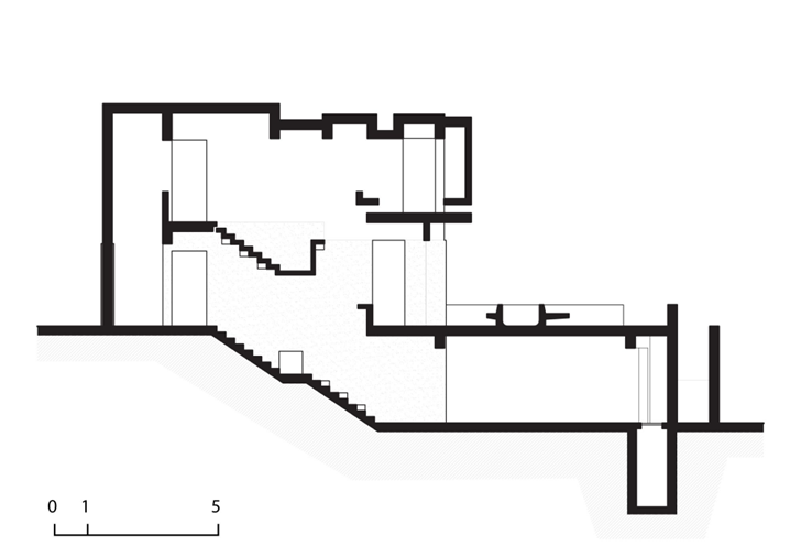 Side plan of Extreme modern house by Longhi Architects