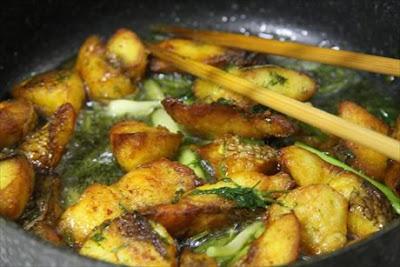 Recipe: Cha Ca La Vong (La Vong grilled fish)