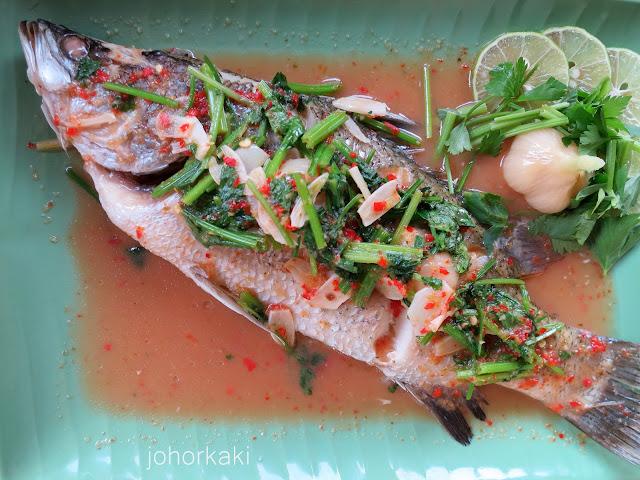 Thai-Steamed-Fish-Johor-Bahru