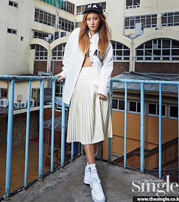 Yuri SNSD Girls Generation - Singles Magazine May Issue 2015